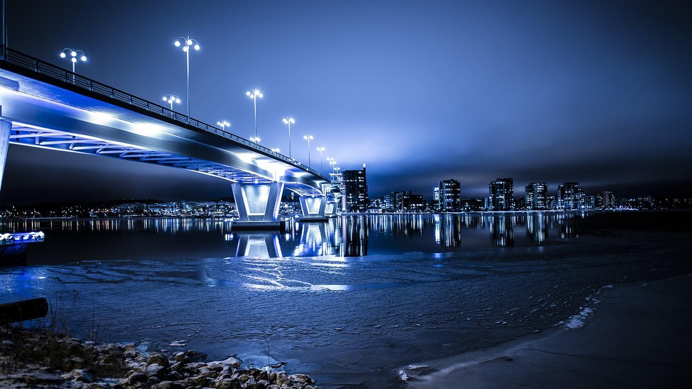 未来的な青い建築の橋のスカイラインhdの写真の壁紙プレビュー