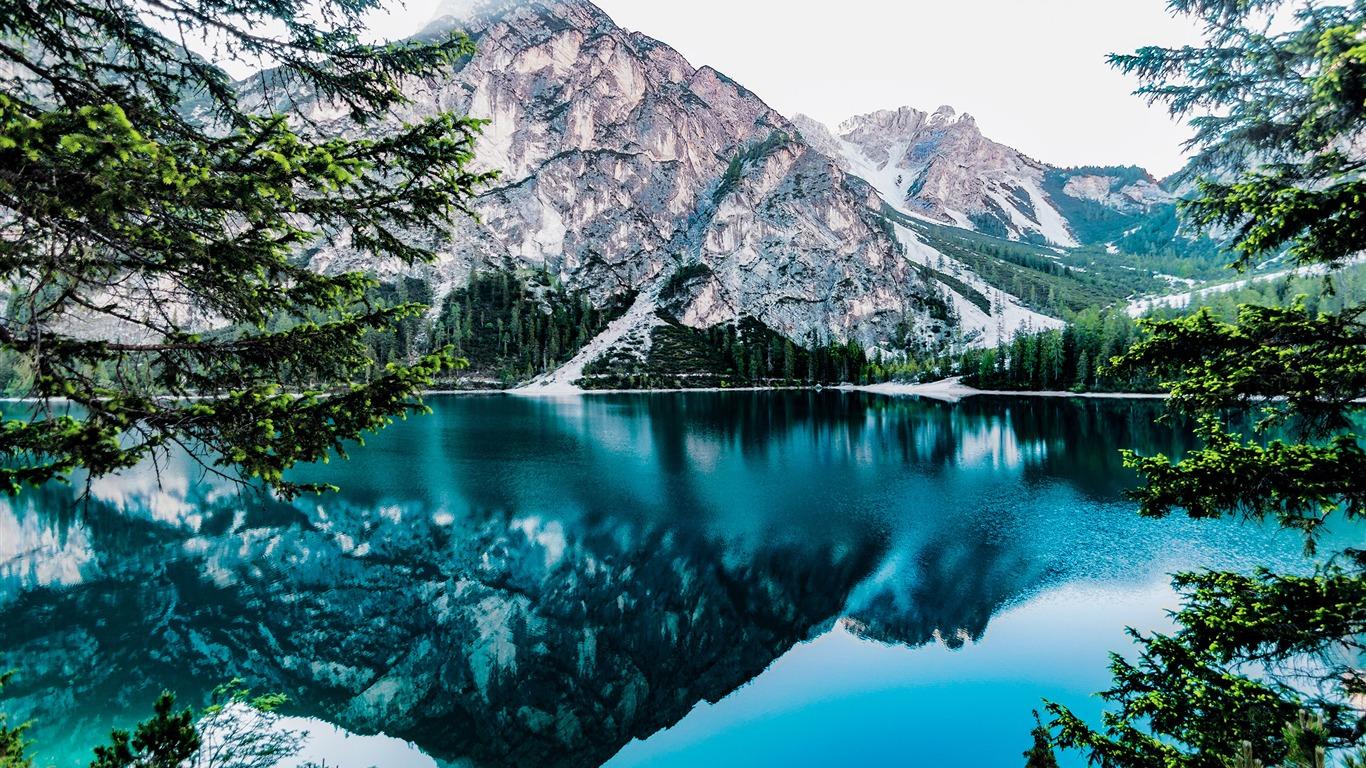 日光森林光滑的湖山峰2017 高清壁纸预览 10wallpaper Com