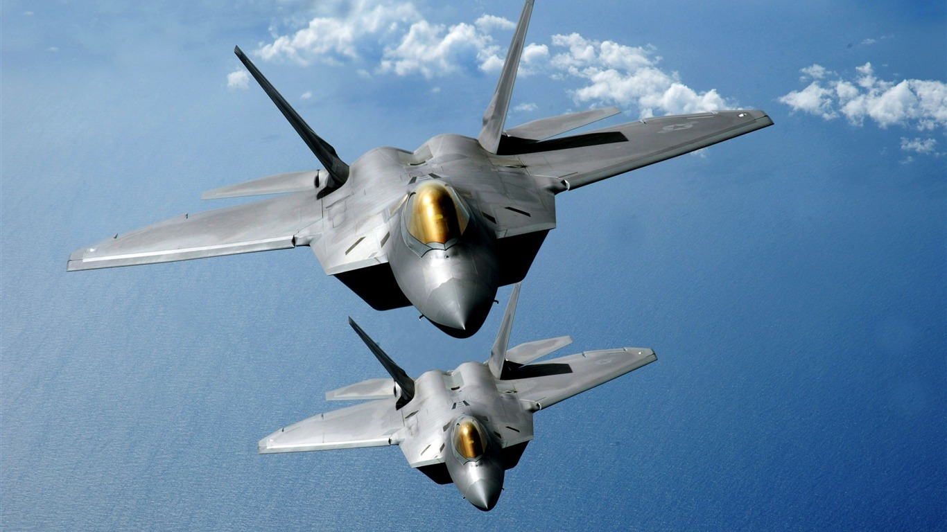 Free_F22_Aircraft_HD_Wallpaper