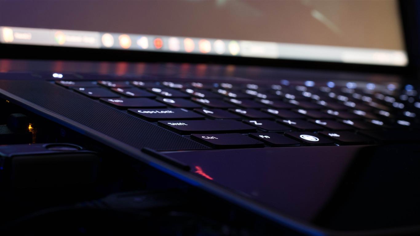 デル ノートパソコン バックライト キーボード クローズアッププレビュー 10wallpaper Com
