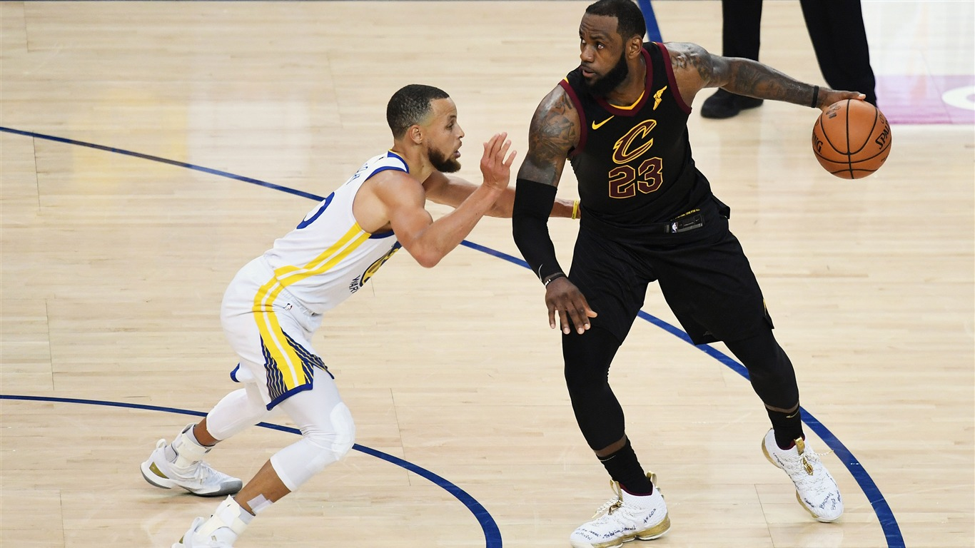 2018_NBA_Finals_Stephen_Curry_vs_LeBron_James
