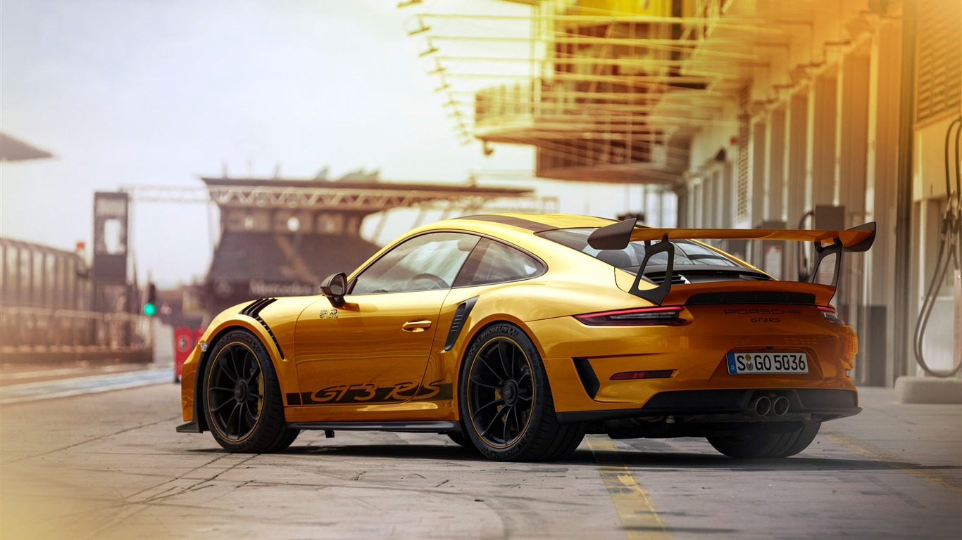 象棋壁纸_保时捷,911,GT3rs,金色系列,超级跑车预览 | 10wallpaper.com