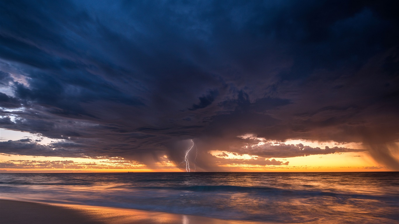 Perth_Summer_Storm_Beach_2020_Bing_Desktop2020.4.22