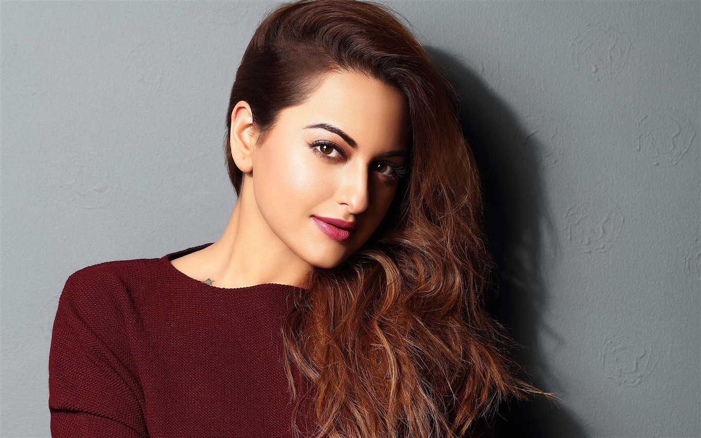 2018 Sonakshi Sinha Indian Actor HD Photo - 1440x900 wallpaper download