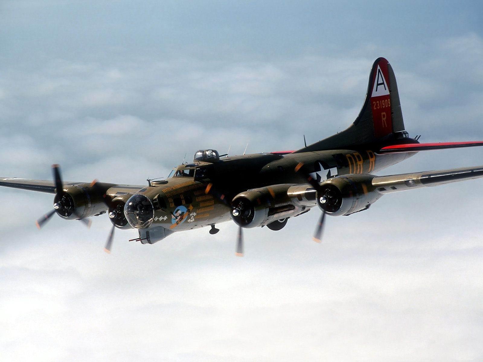 B 17 (航空機)の画像 p1_39