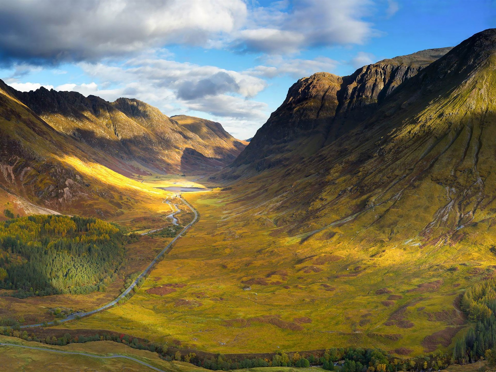 Mountain Valley-landscape HD Widescreen Wallpaper Preview