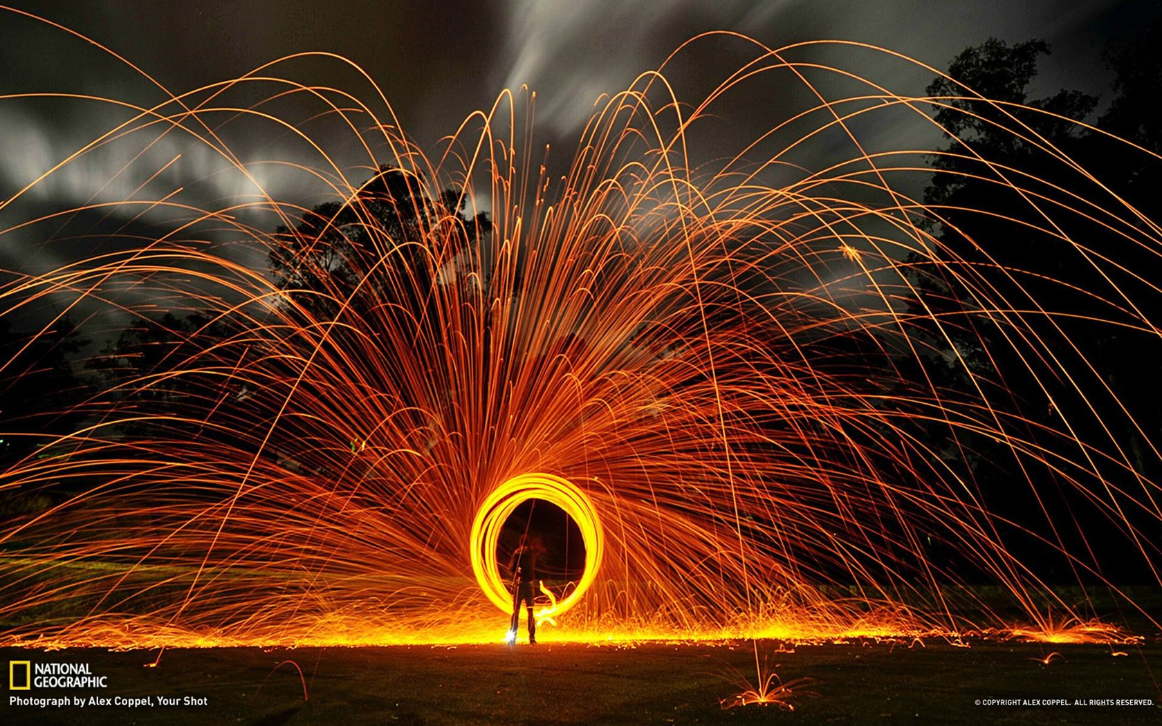 Wallpaper download national geographic - Circle Of Sparks National Geographic Wallpaper 1680x1050 Wallpaper Download