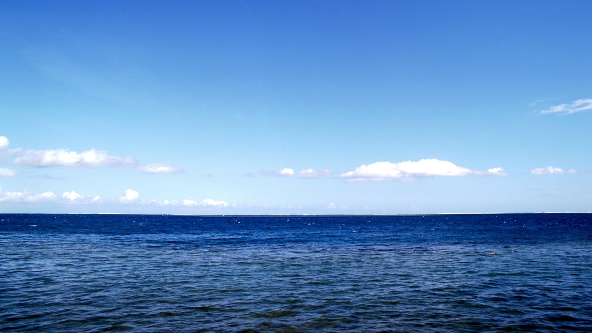 青い海と青空壁紙プレビュー 10wallpaper Com