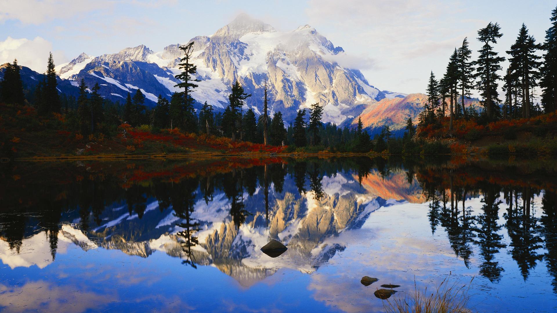 Fonds d 39 cran montagne paysage du lac de r flexion for Fond ecran montagne