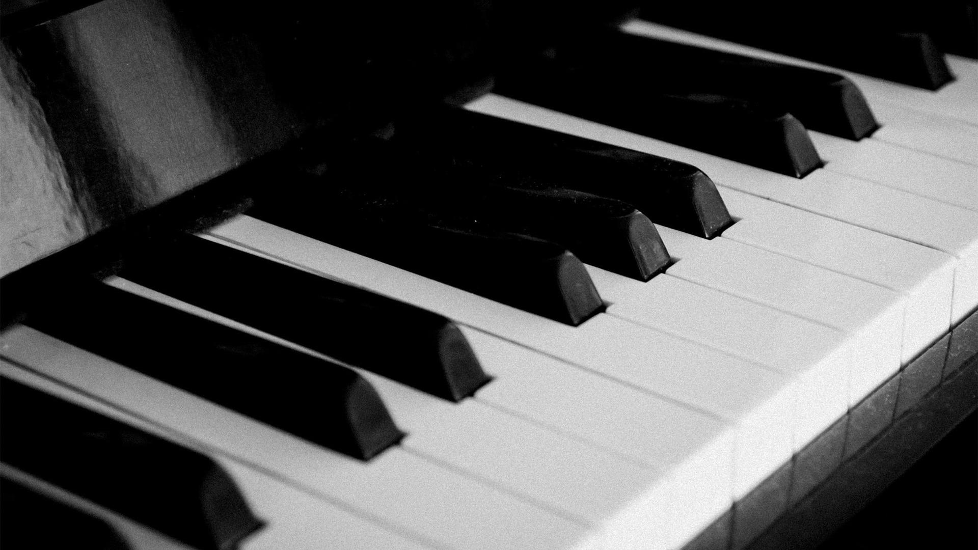 説明 ピアノの鍵 音楽、ファッションの壁紙 現在の