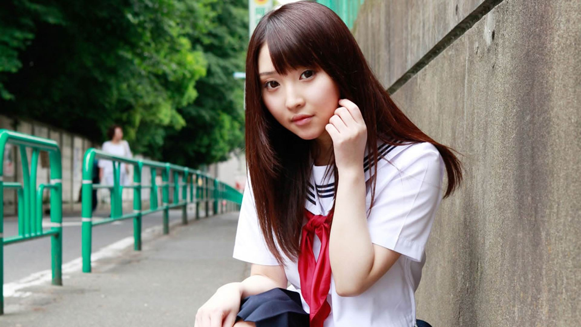 Pure Japanese School Girl With The Beat On The Streets Wallpaper 11