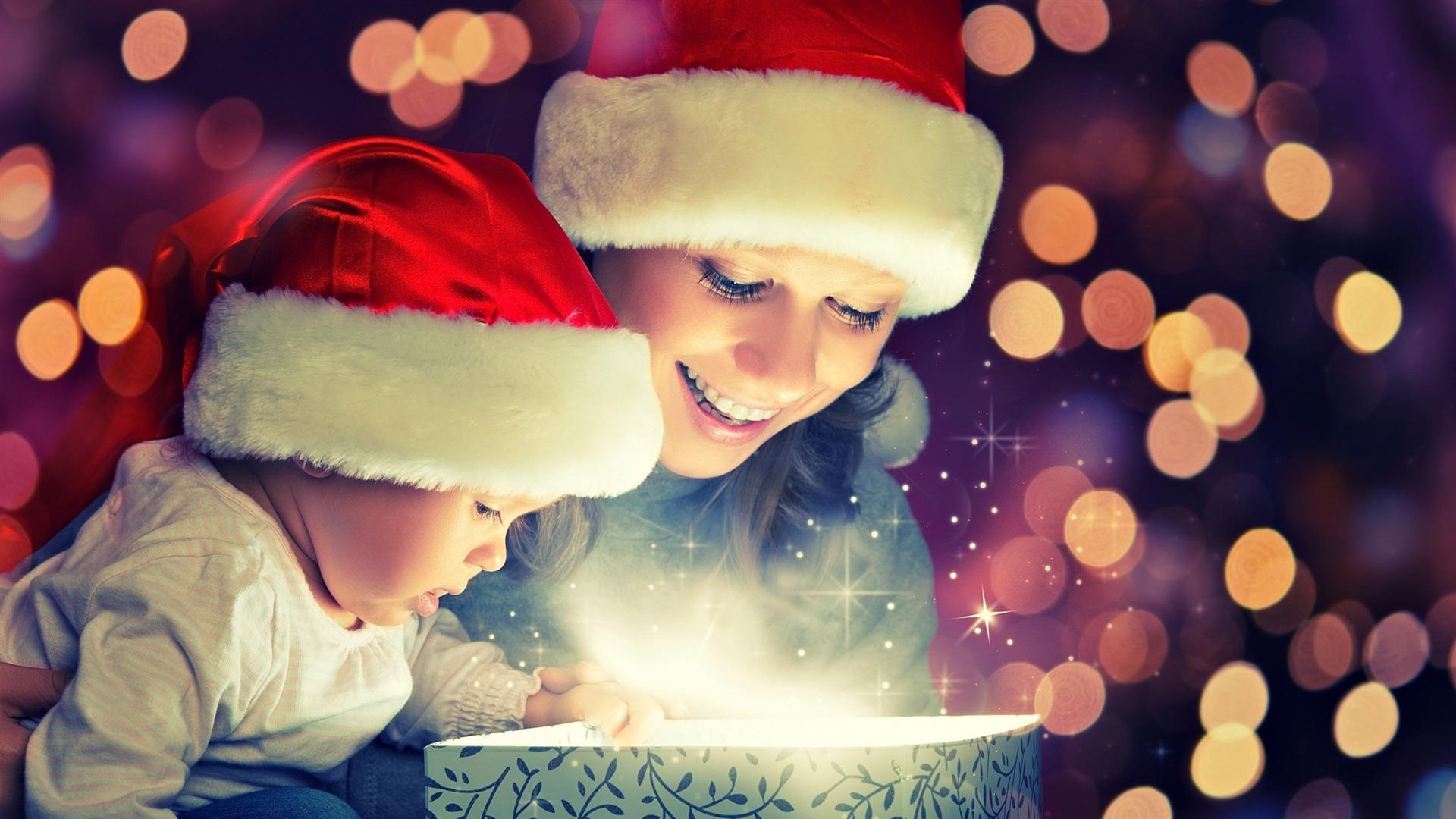 Жителям какой страны придумали дарить подарки на новый год