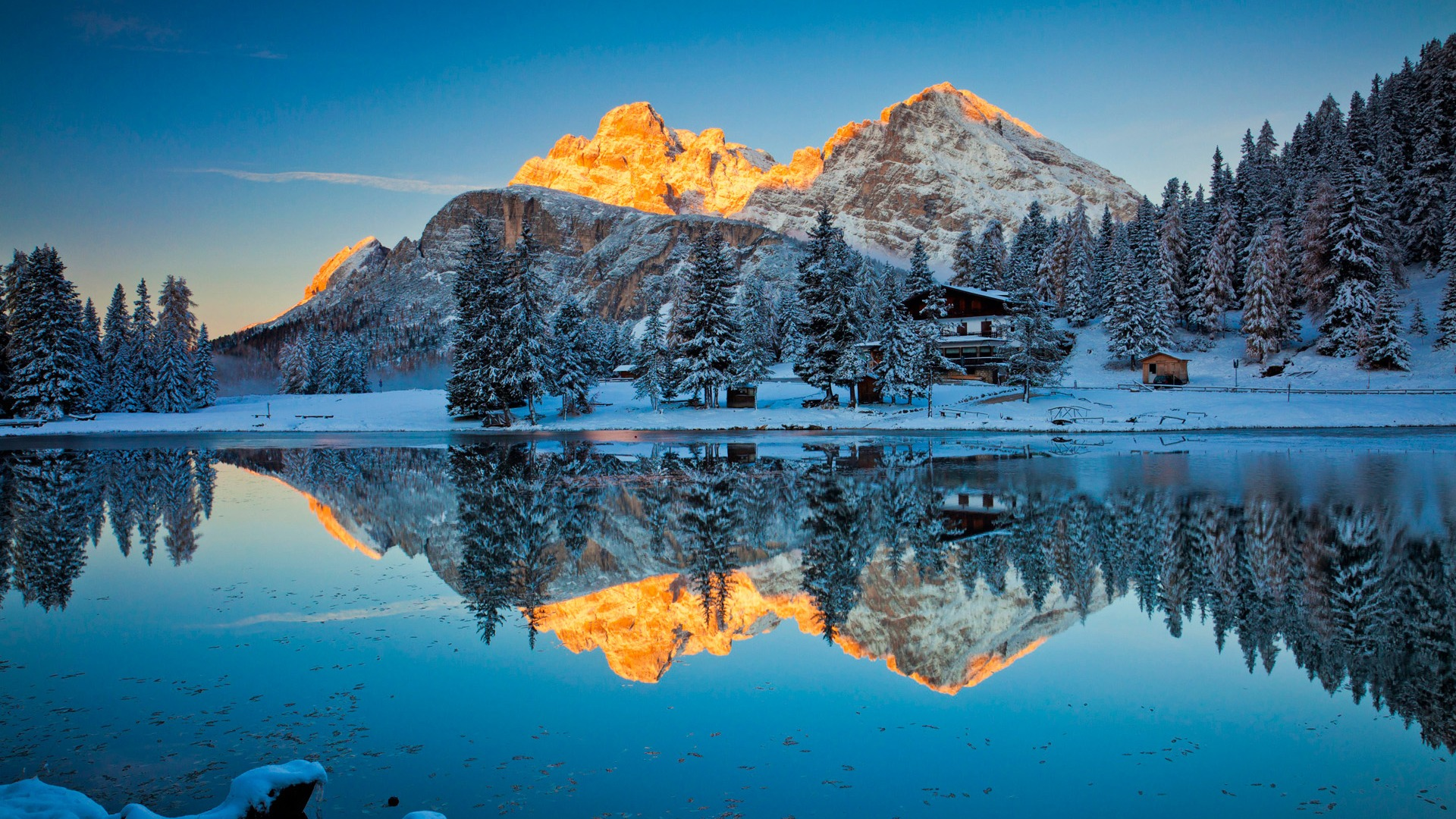 イタリアの秘密蘇リナ湖 Windows 10 のhd壁紙プレビュー 10wallpaper Com