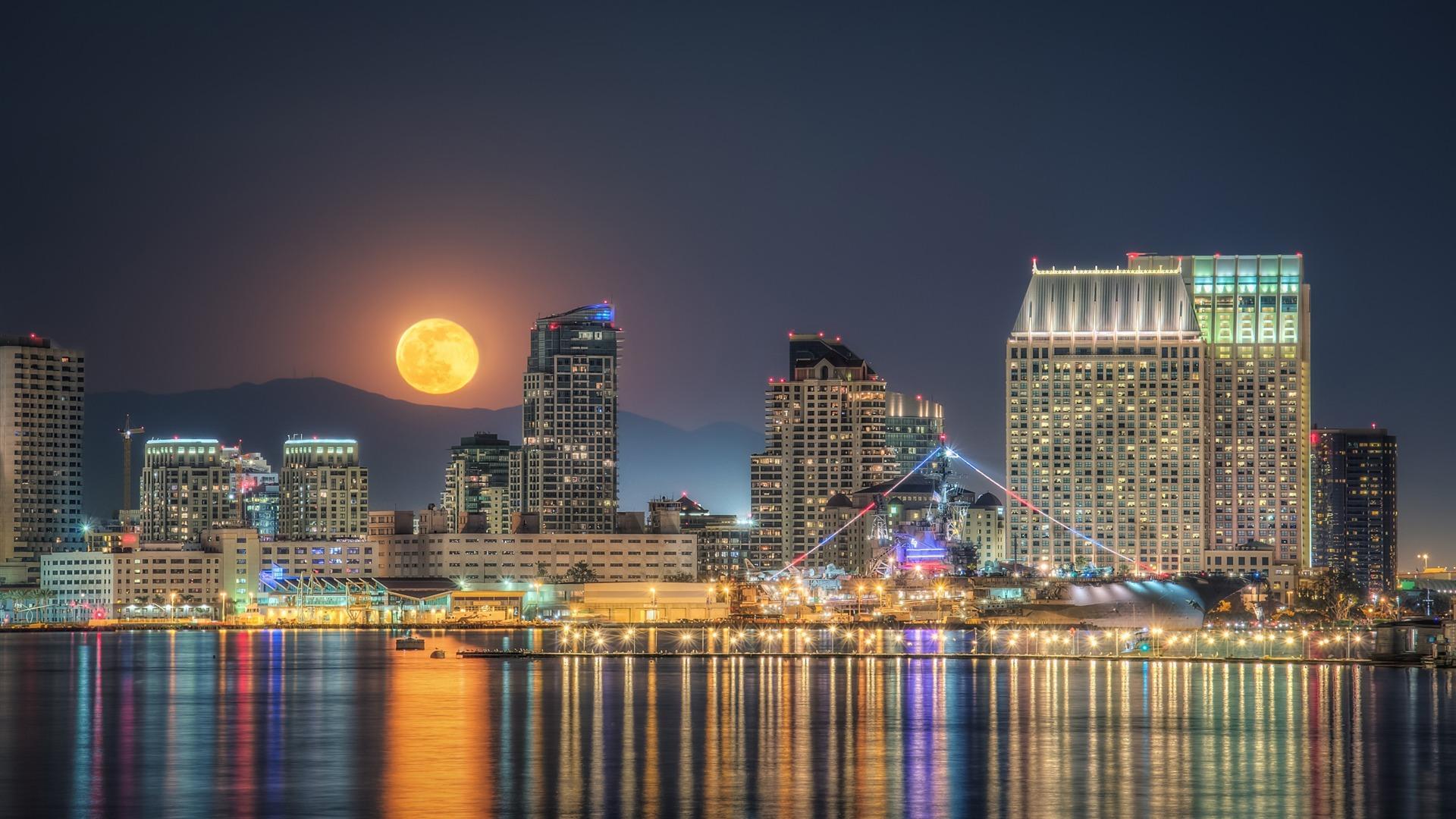 Full Moon Rising San Diego Hd Desktop Wallpaper Preview 10wallpaper Com
