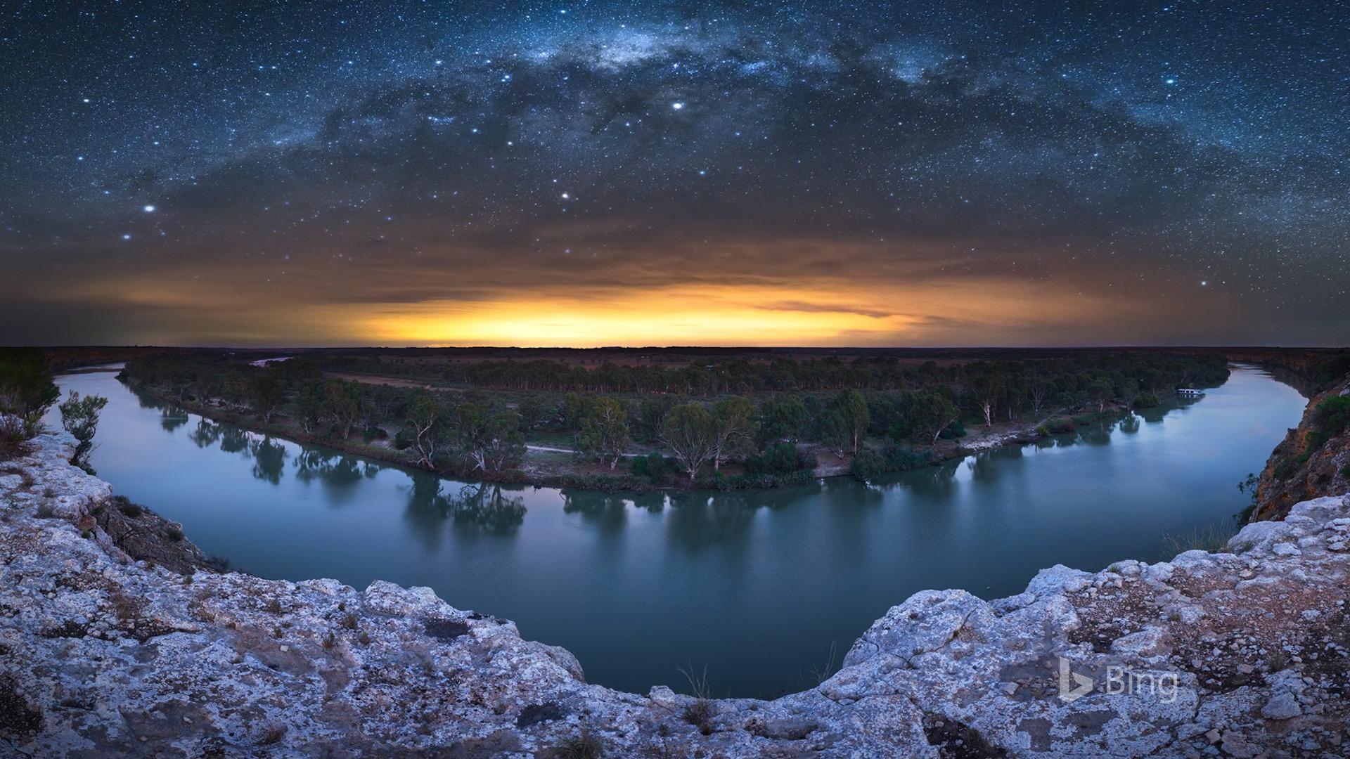 墨菲河上的银河,2018,Bing,桌面预览 | 10wallpaper.com