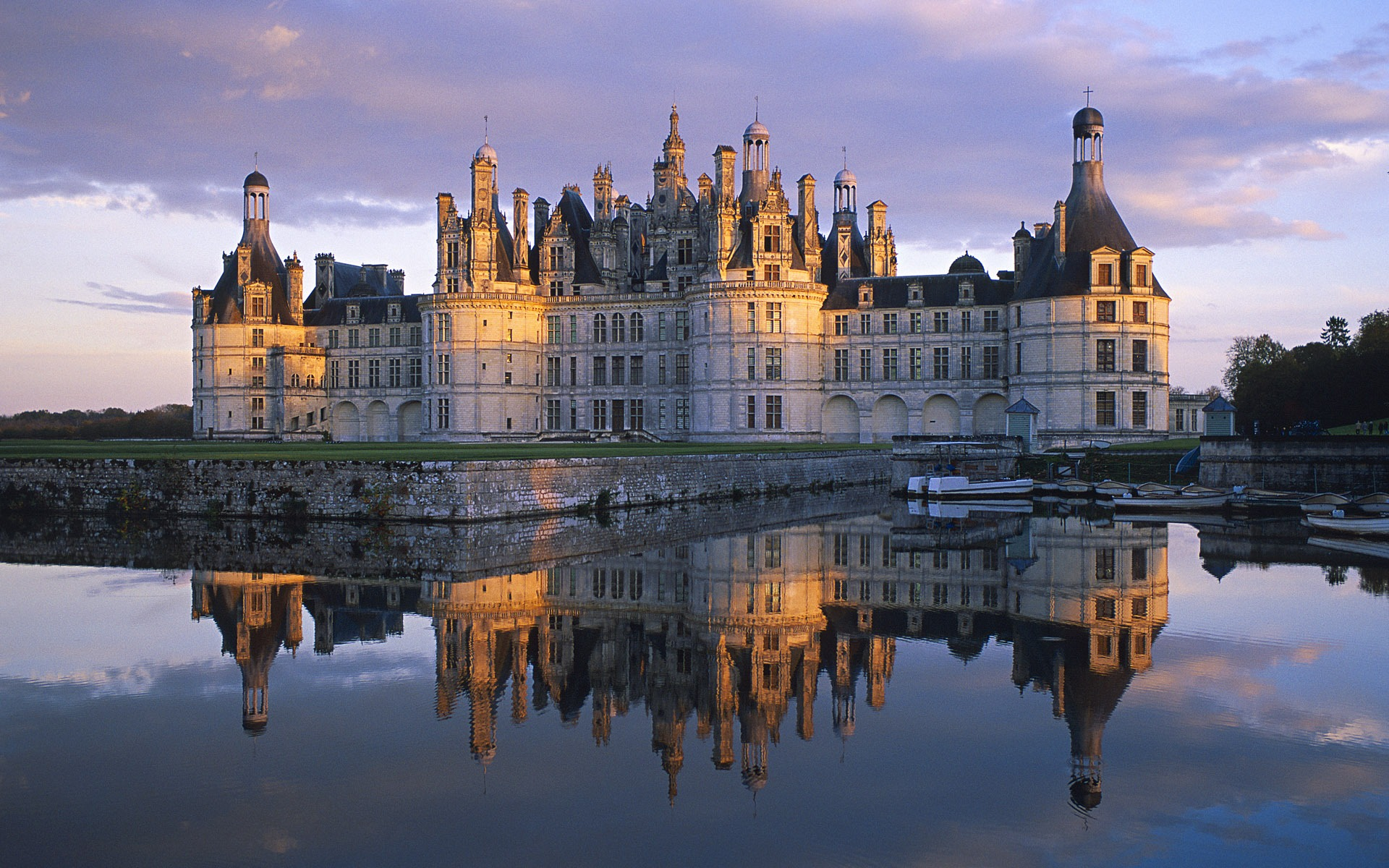 Pinterest for Castles to stay in france