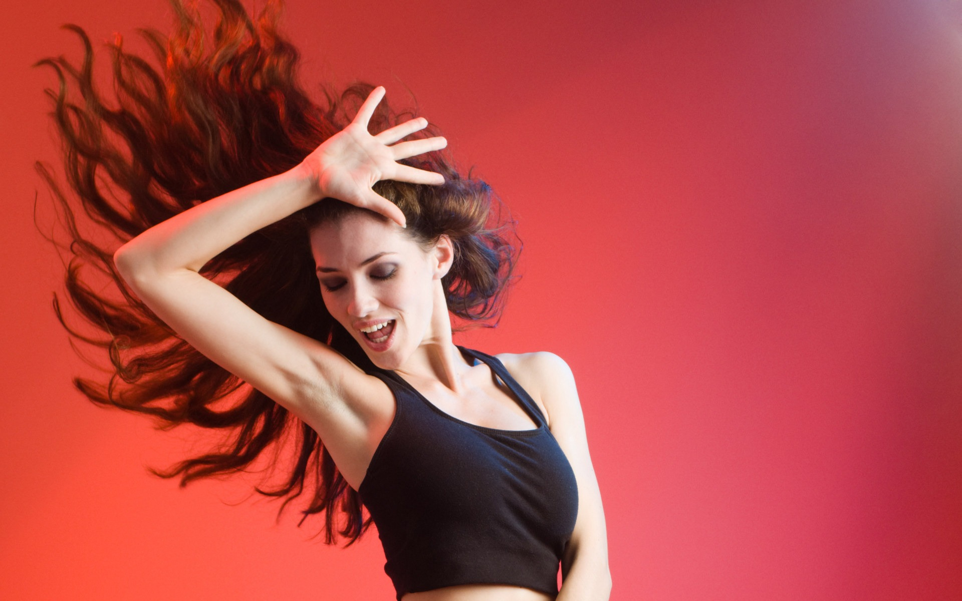 pictures-of-sweating-females-dancing