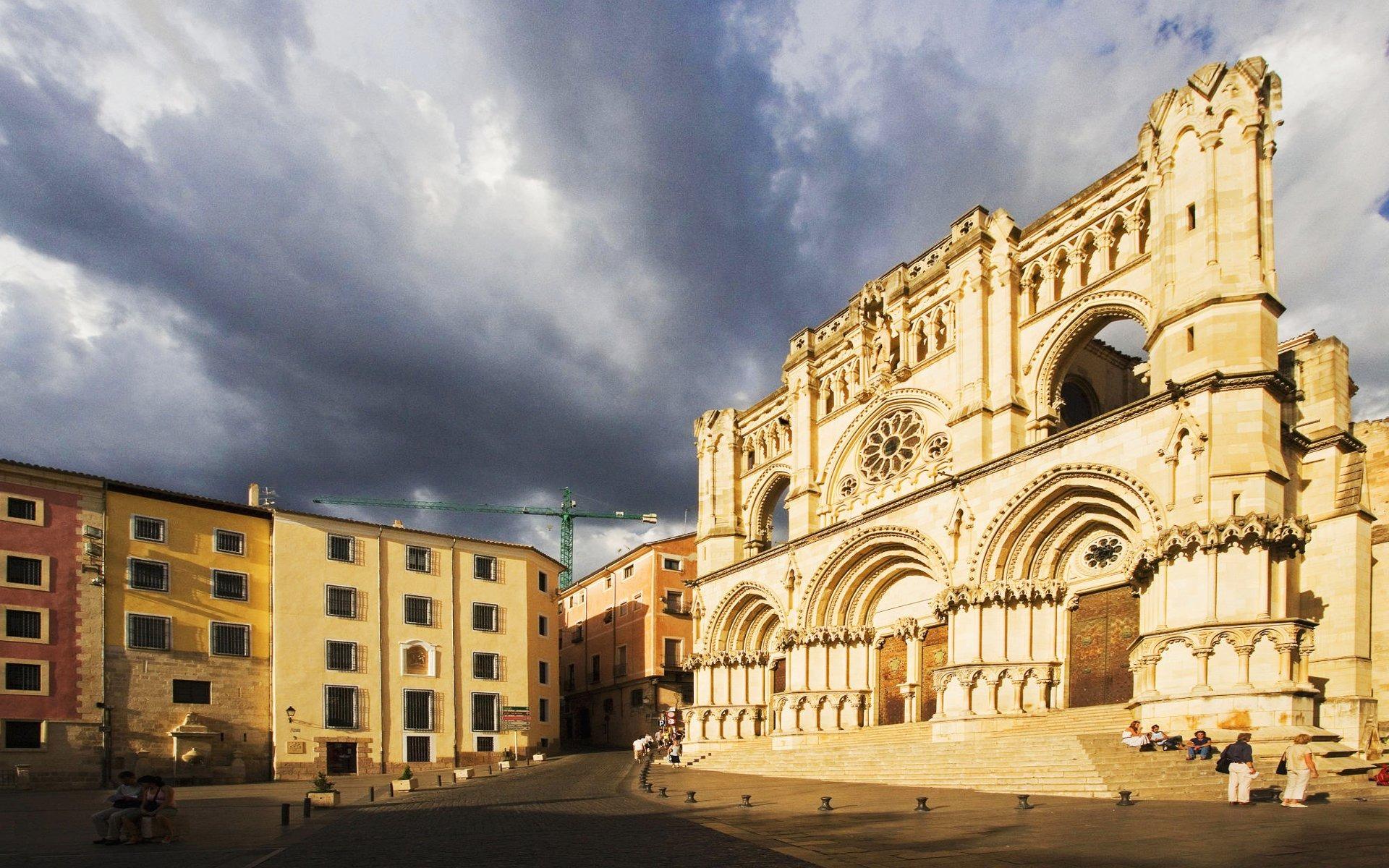 スペイン クエンカ大聖堂の壁紙プレビュー 10wallpaper Com