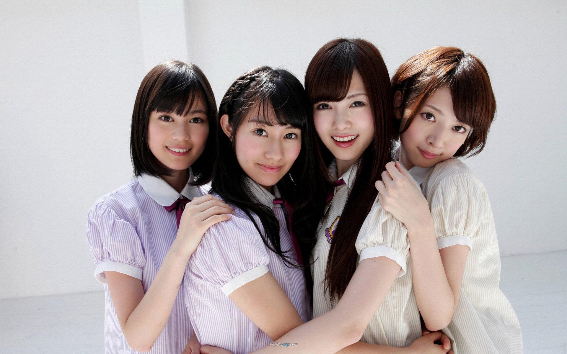 Japanese girl orgy 5