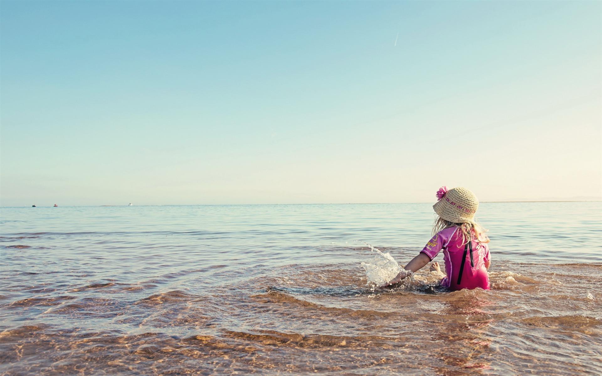 浜辺を再生少女 可愛い写真のhd壁紙プレビュー 10wallpaper Com