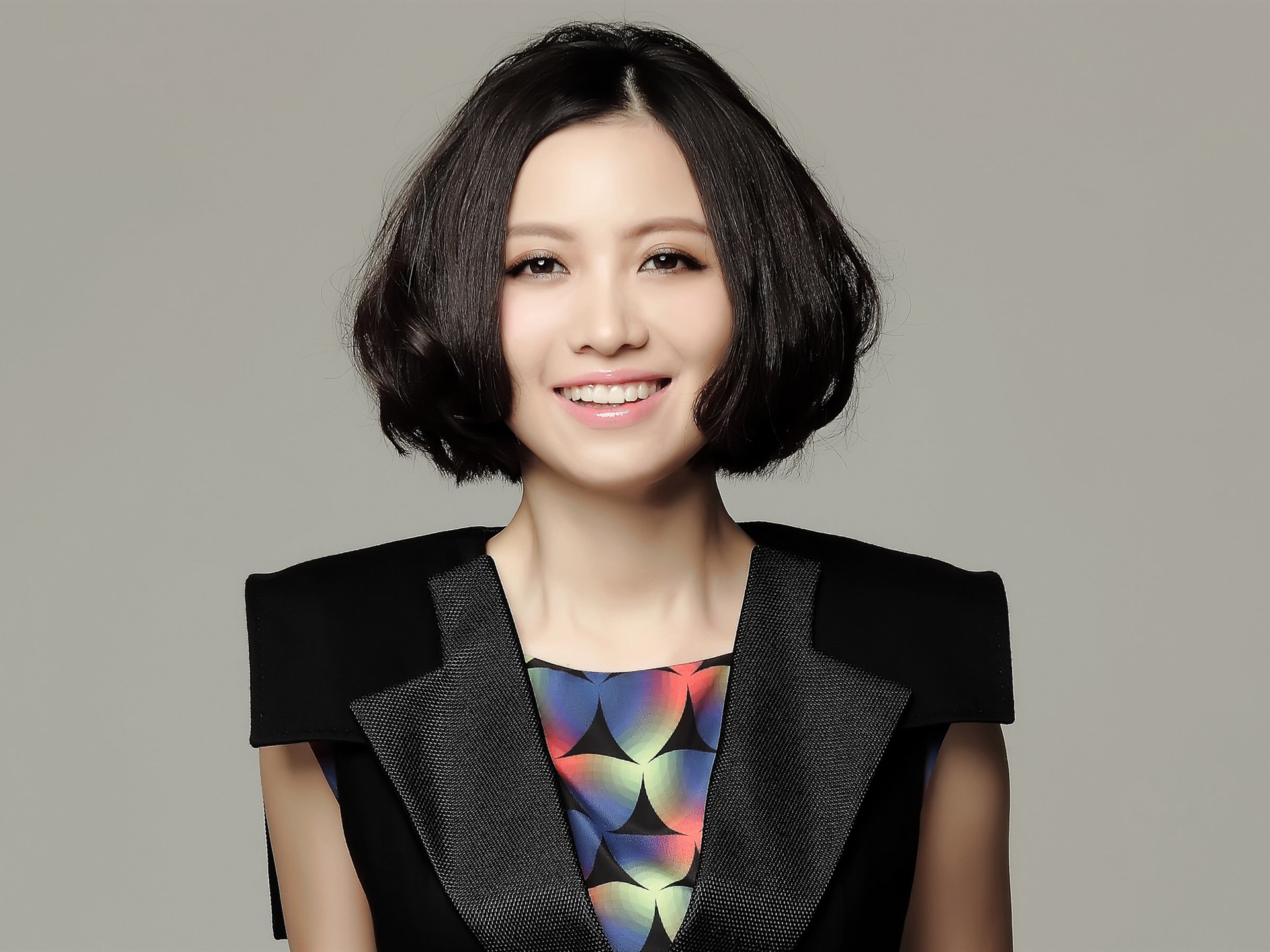 Bella Chinese Singer Commemorate HD Wallpaper 01 Preview