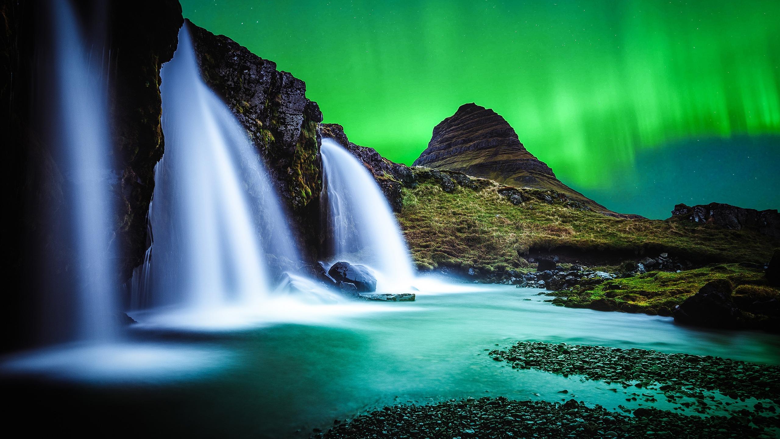 4k Hd Wallapaper: Iceland Waterfall River Night Aurora 4K Ultra HD-2560x1440