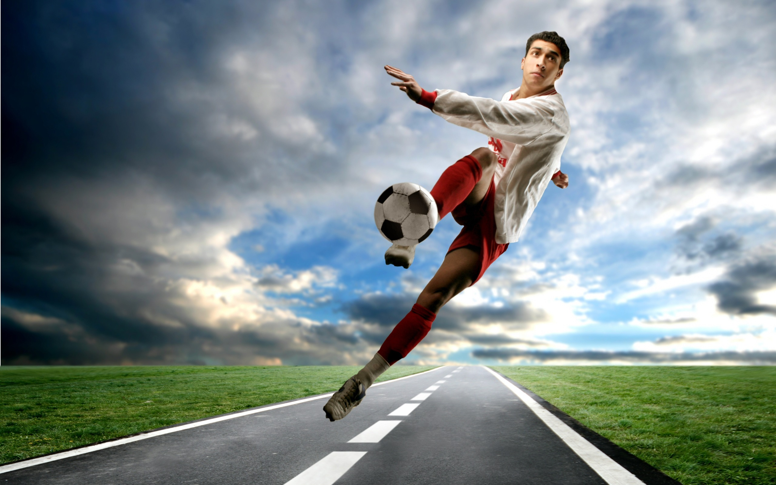 Description: Football sports - Life is movement wallpaper Current Size ...: 10wallpaper.com/down/Football_sports_-_Life_is_movement_wallpaper...