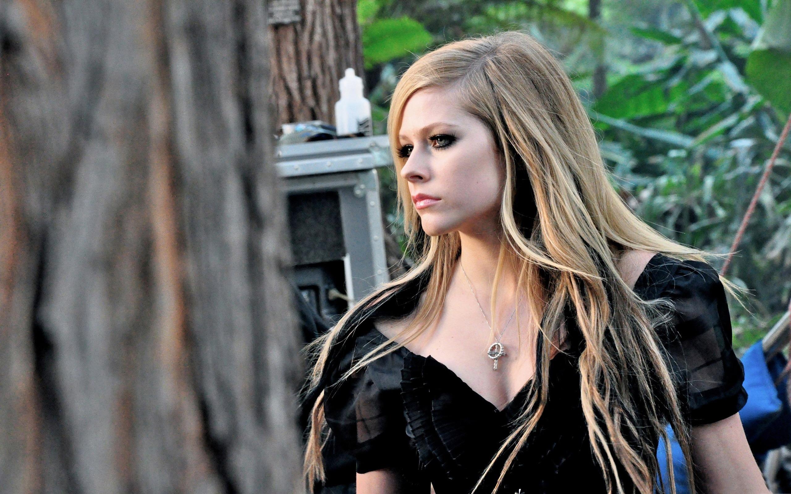 Avril Lavigne-美女�... Avril Lavigne
