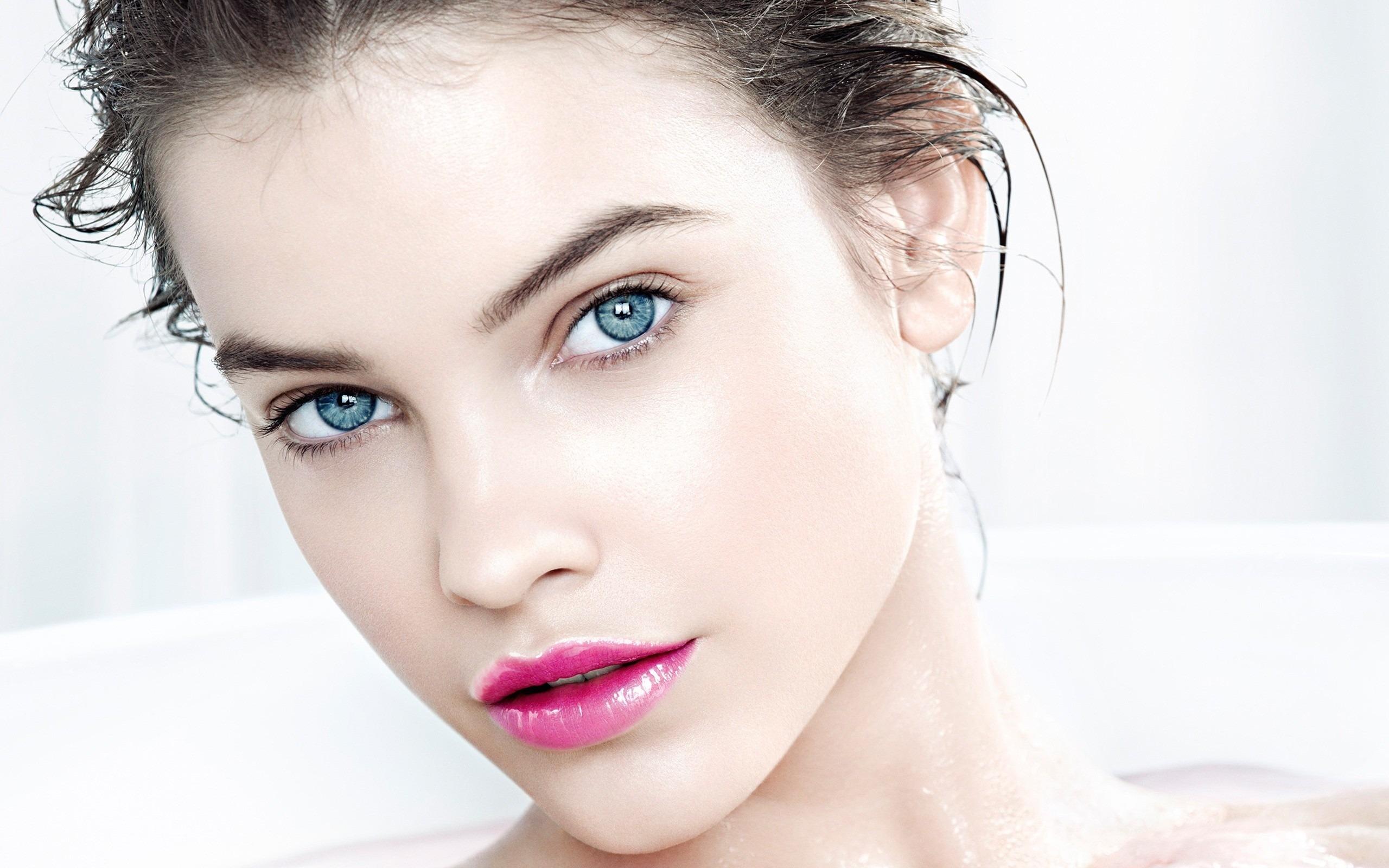 Barbara Palvin Model Makeup Beauty Photo Hd Wallpaper Preview 10wallpaper Com