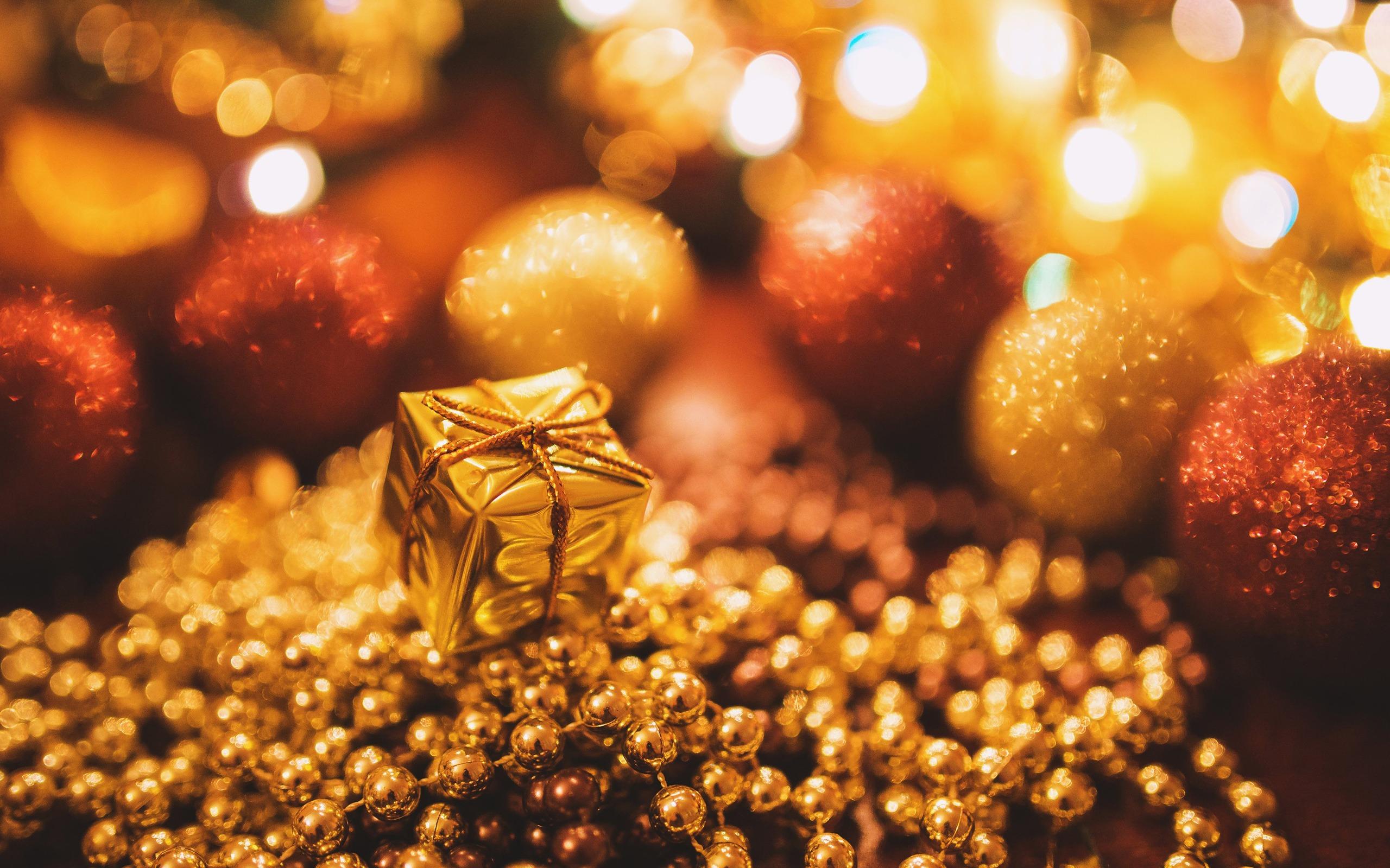 Golden Christmas Gift Merry Christmas 2017 Hd Wallpaper Preview 10wallpaper Com