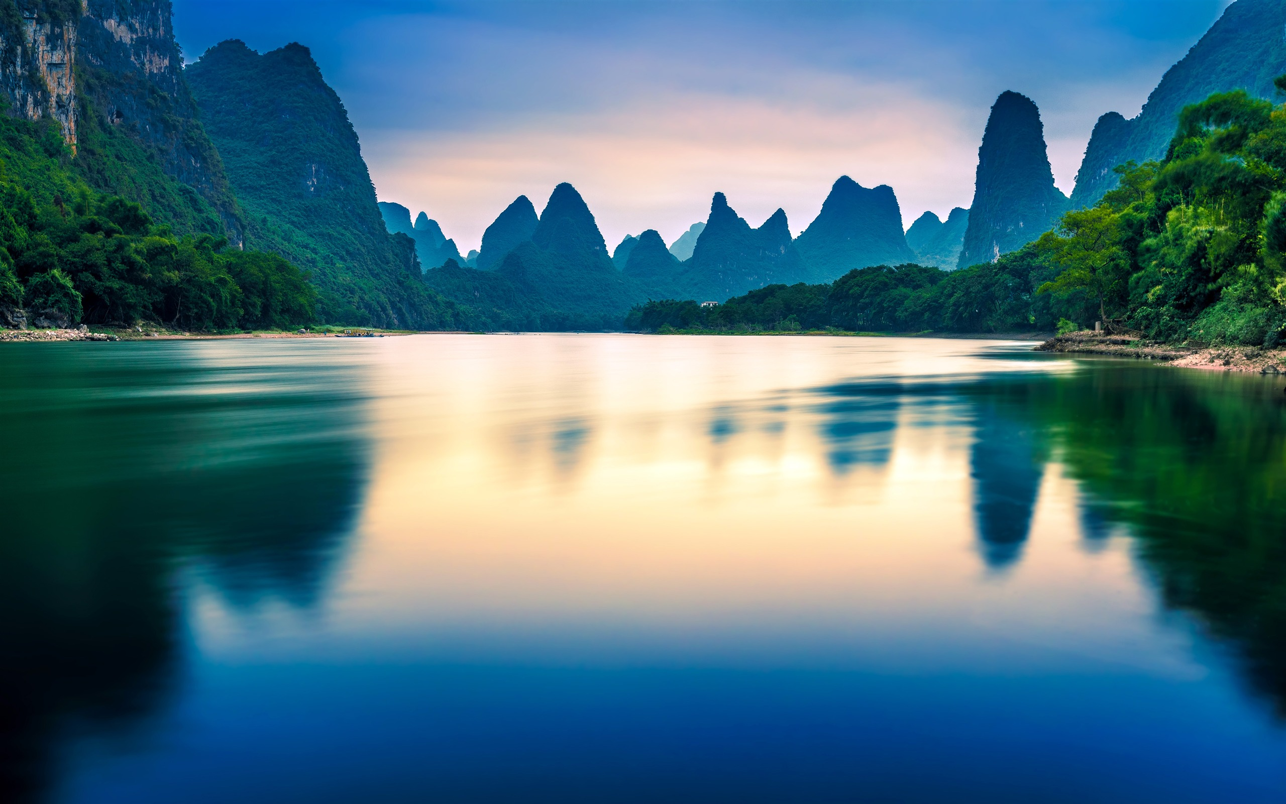 China Beautiful Nature Scenery Alpine River Preview