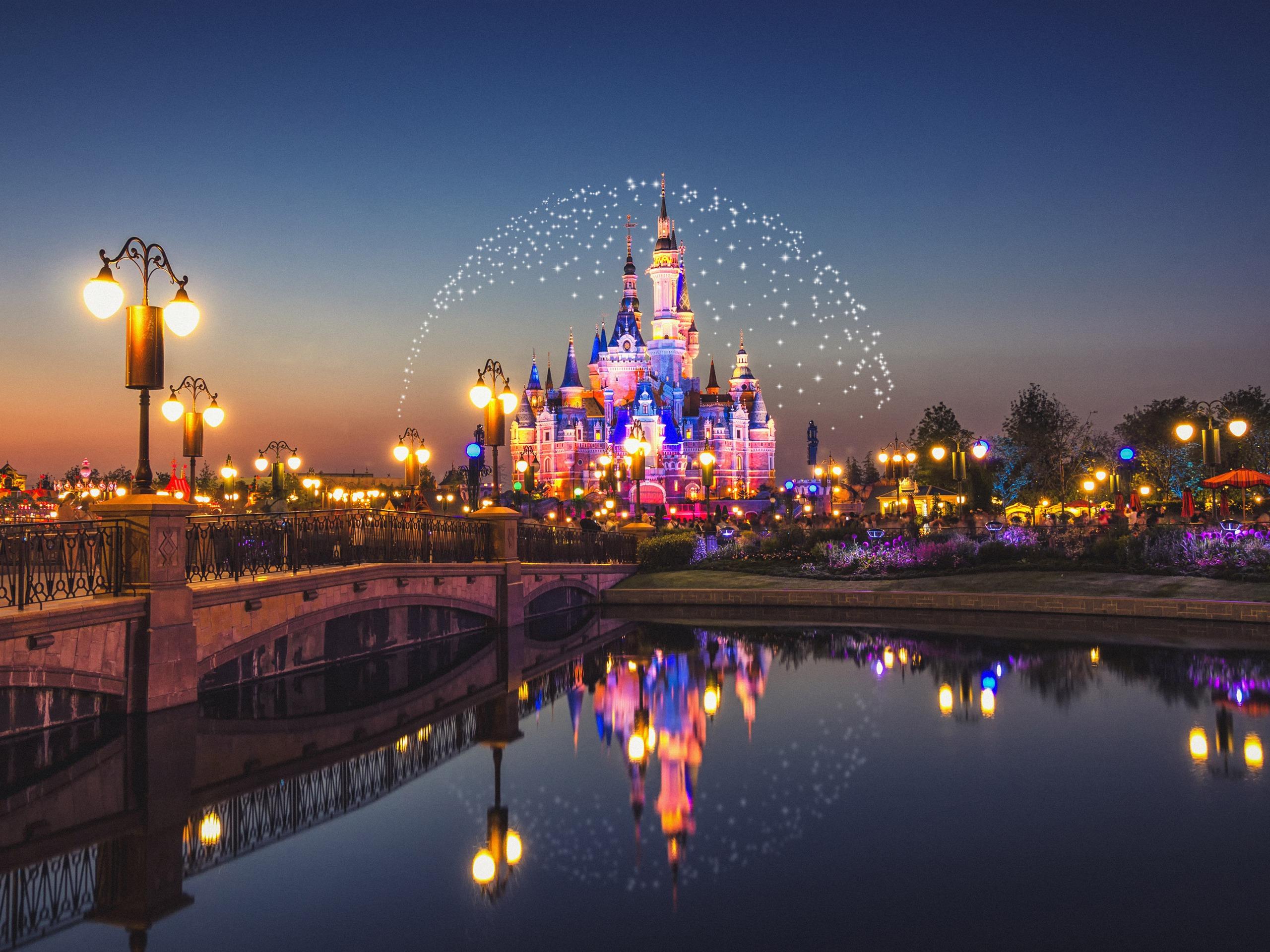 China Shanghai Disneyland Castle Night Preview 10wallpaper Com