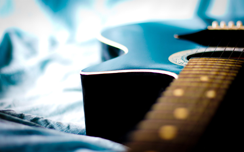 Fondo De Guitarra Azul Delicado Bokeh 4k Ultra Hd Avance 10wallpaper Com