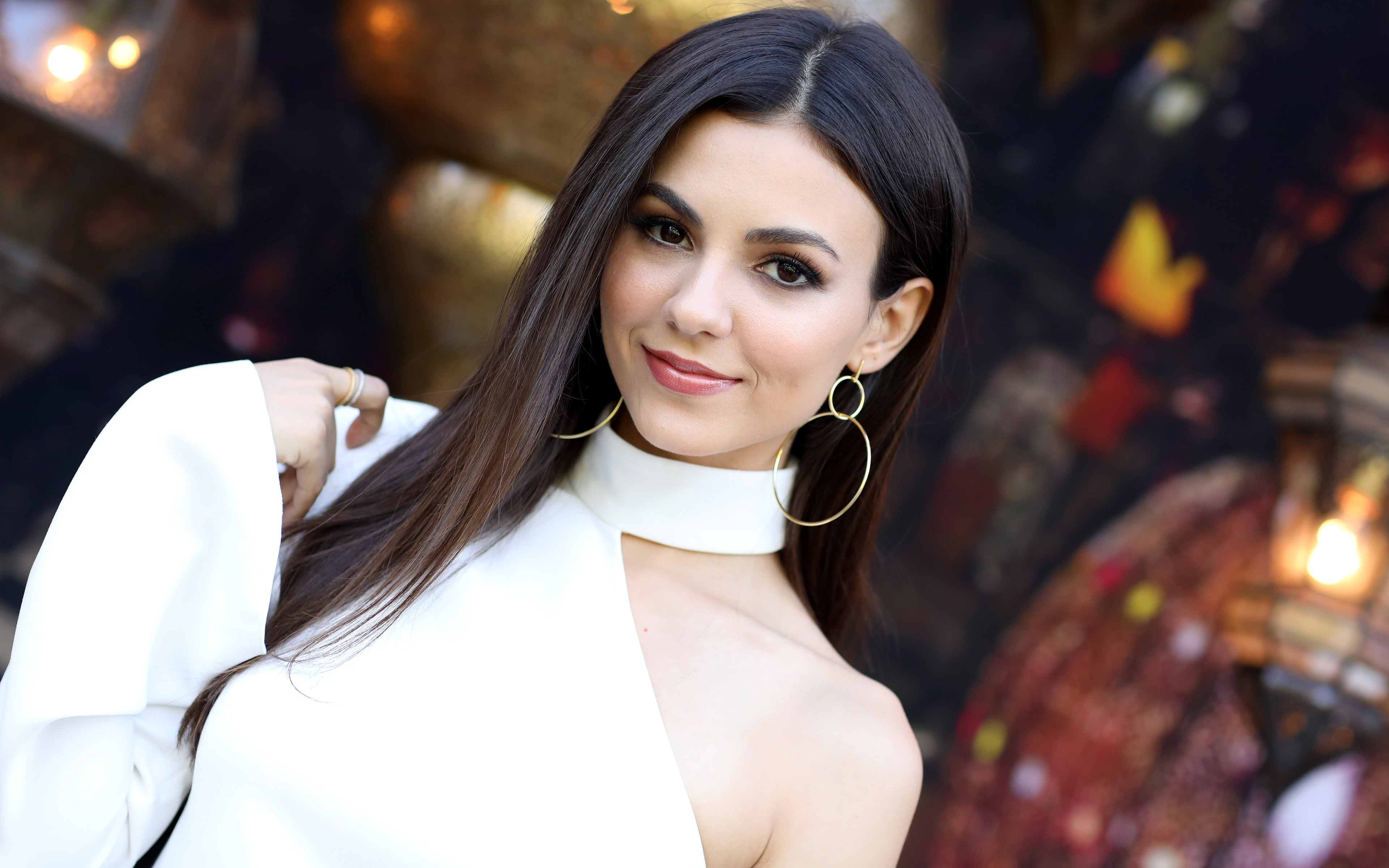Victoria Justice 2018 Actress 4K Photo - 3840x2400 wallpaper download