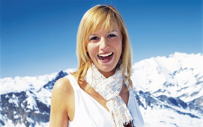 Beautiful Girl Portrait in Alps - Alpine Winter Vacation Views:7640