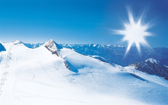 Beautiful Snowsacpe of Alps under Sunny Sky - Alps Winter Vacation Views:11821