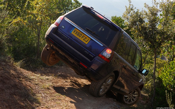 Land Rover Freelander 2 - 2011 HD wallpaper 11 Views:6986