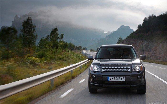 Land Rover Freelander 2 - 2011 HD wallpaper 20 Views:6745