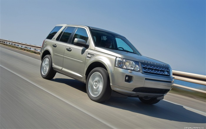 Land Rover Freelander 2 - 2011 HD wallpaper 29 Views:3918