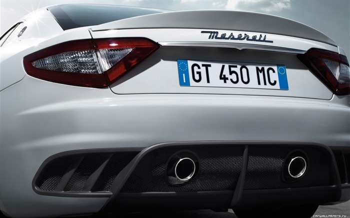 Maserati GranTurismo MC Stradale - 2010 HD wallpaper 04 Views:7963