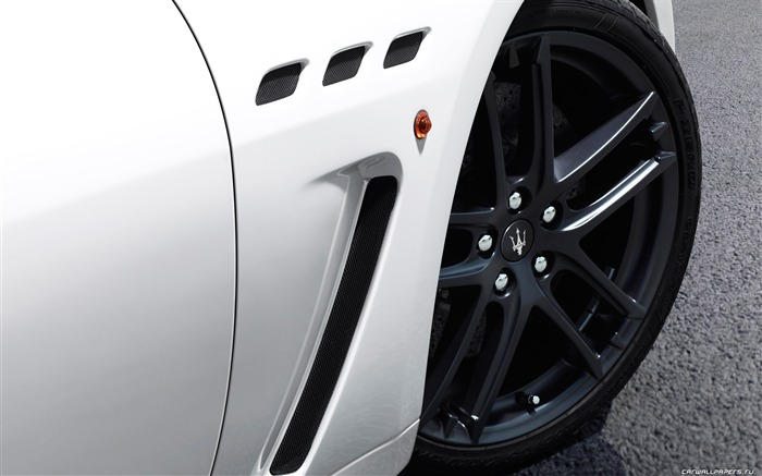Maserati GranTurismo MC Stradale - 2010 HD wallpaper 05 Views:6693