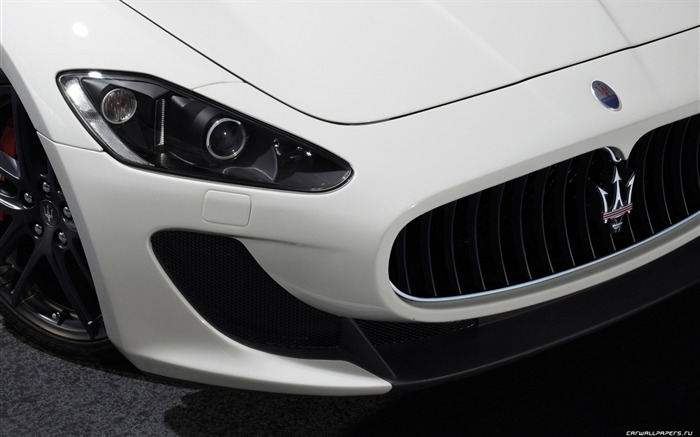 Maserati GranTurismo MC Stradale - 2010 HD wallpaper 07 Views:11819