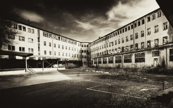 Black and White Architecture ruin An old hospital decay Views:10417