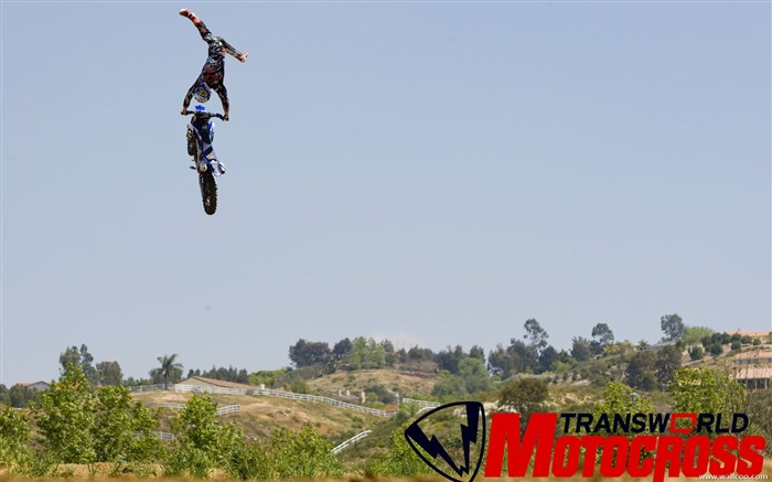 FMX motocross stunt fancy wallpaper 08 Views:7776