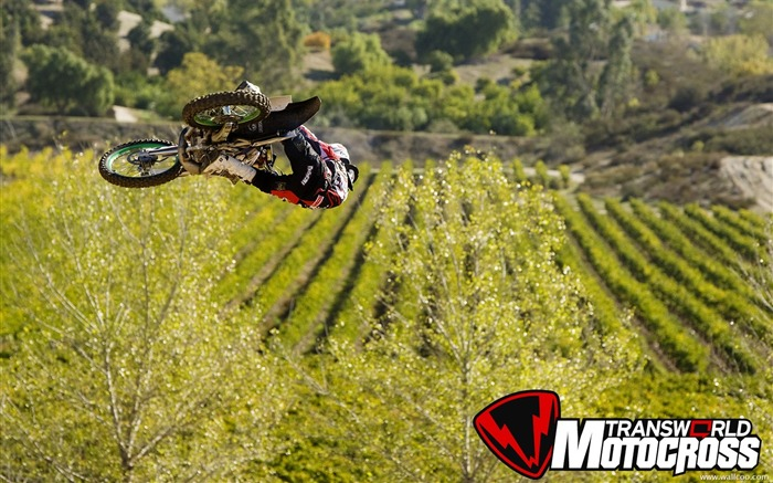 FMX motocross stunt fancy wallpaper 19 Views:4089