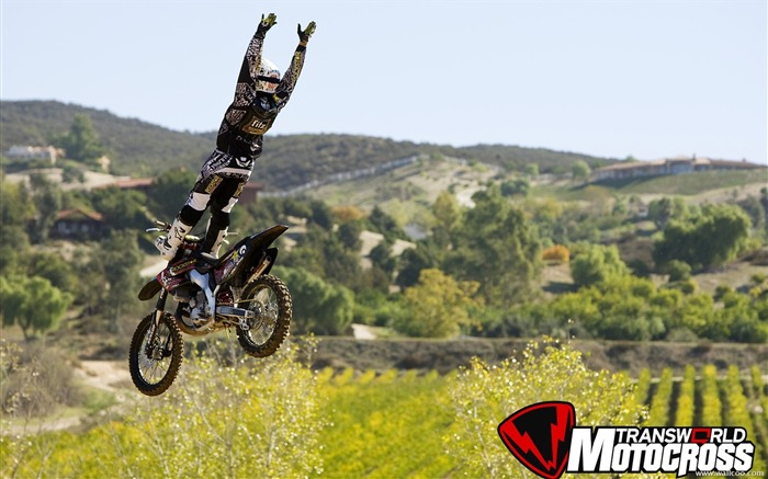 FMX motocross stunt fancy wallpaper 21 Views:5359