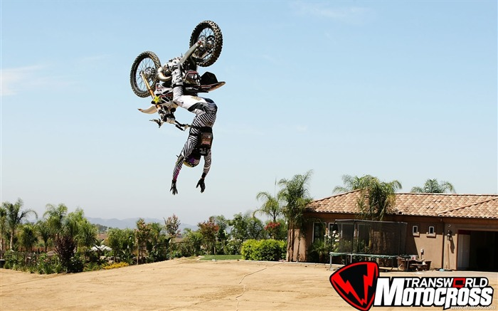 FMX motocross stunt fancy wallpaper 32 Views:4820