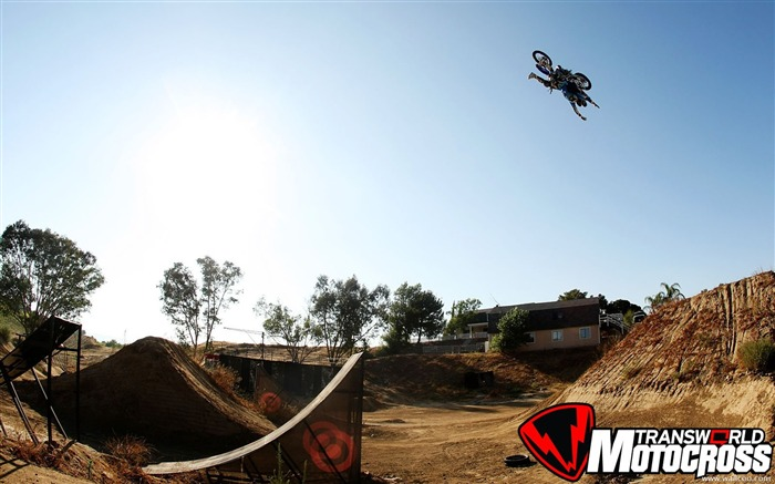 FMX motocross stunt fancy wallpaper 39 Views:4118