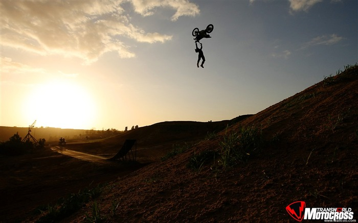FMX motocross stunt fancy wallpaper 45 Views:8041