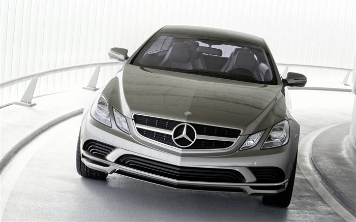 Germany Mercedes-Benz concept car wallpaper 08 Views:6721 Date:7/15/2011 1:46:45 AM